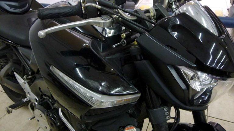 Suzuki b king 1300
