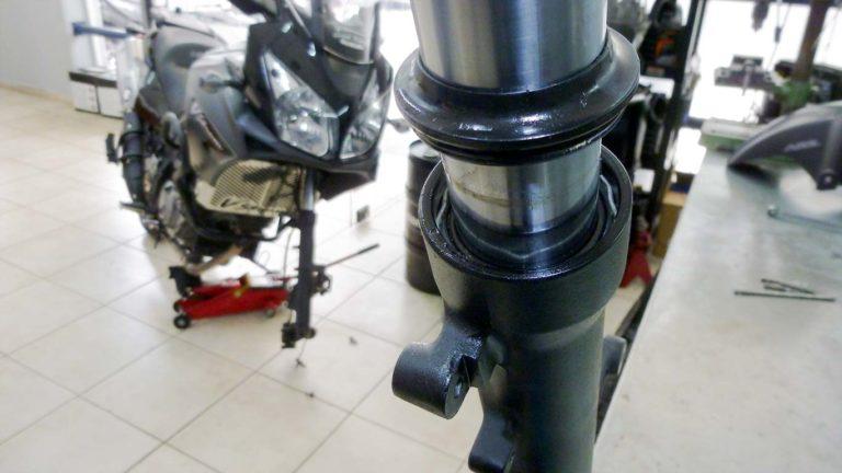 Εμπρός ανάρτηση μοτοσυκλέτας (DL)